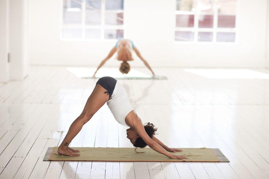 yoga iyengar ayushanti